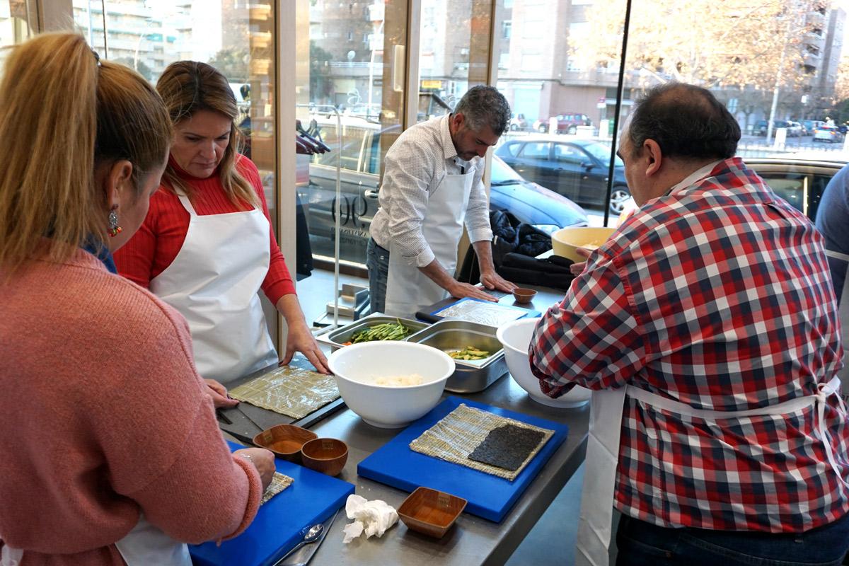 curso de sushi tratamiento de algas con Carlos Navarro